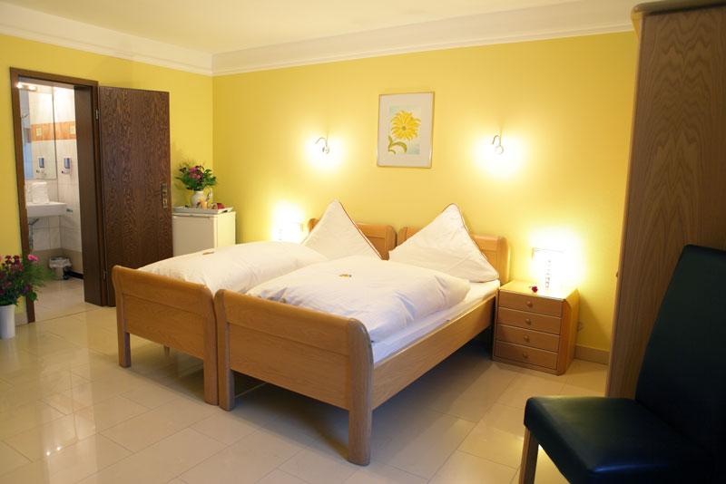 Doppelzimmer im Business Hotel Raunheim